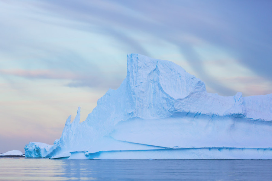 Iceberg at Dawn, Pleneau Bay