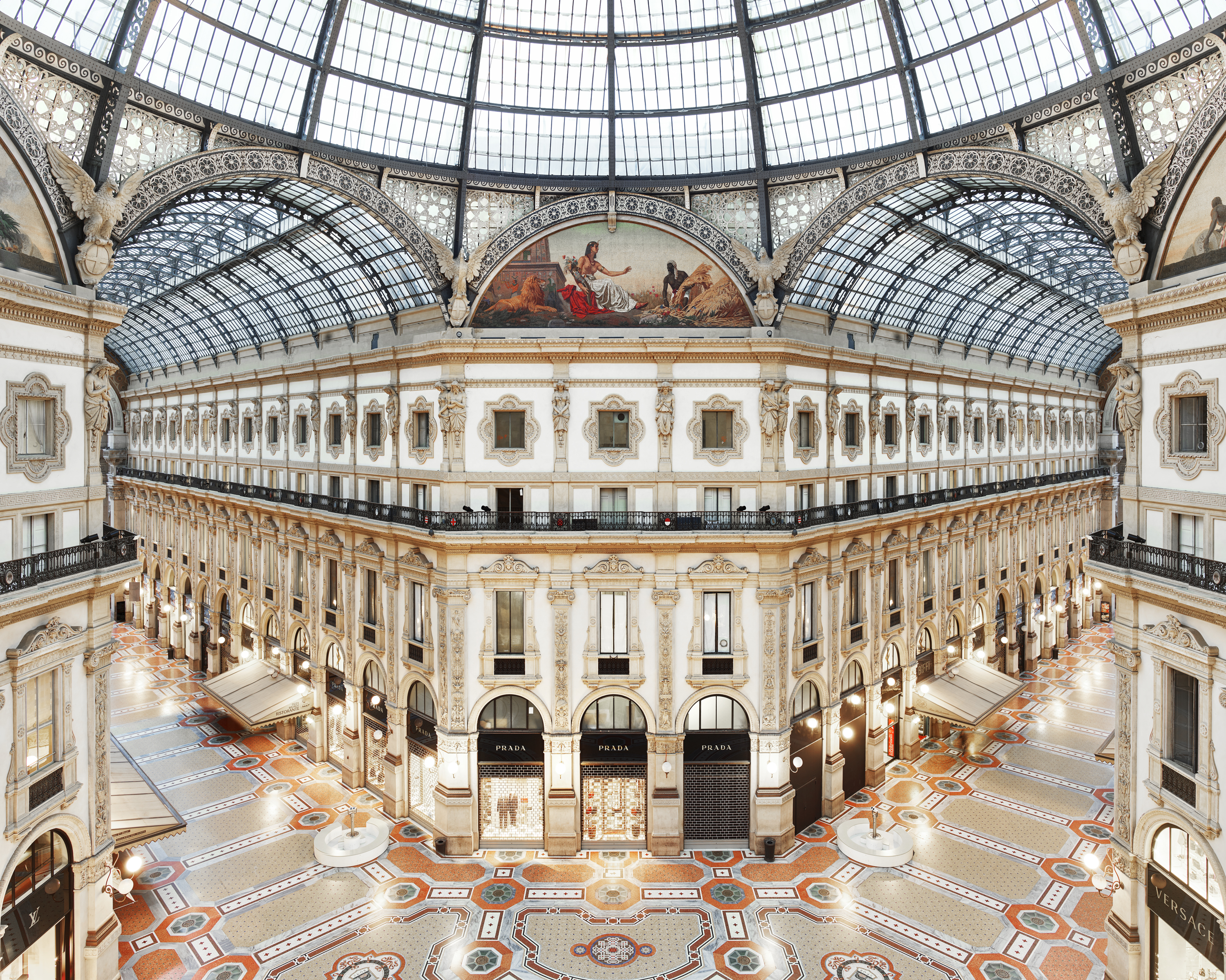 dating milan italy In italy sale times occur two times a year, according to the different  as its  starting date, and 60 days later as the ending date of the summer.