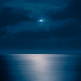Rising Moon, Maui, Hawaii