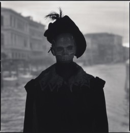 Paolo Bisetto Trevisin with Morte mask