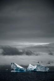 Broken Iceberg (v) Antarctic Penninsula