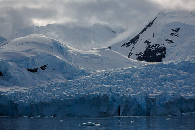 Glacier and Mountains, Scontorp Cove in Paradise Bay