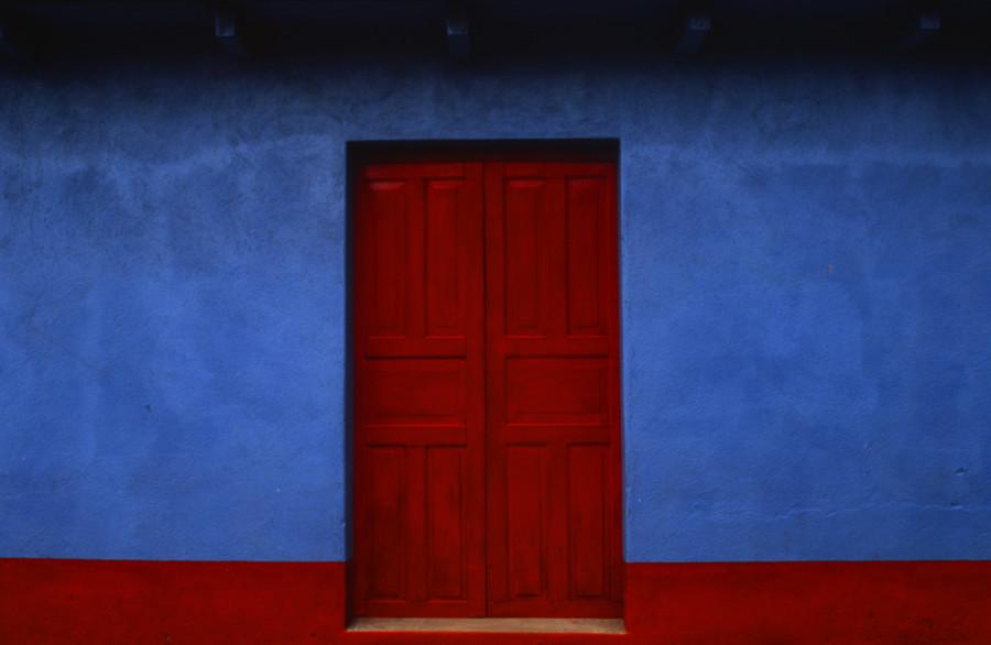 Azul y Rojo, San Juan Ostuncalco, Guatemala