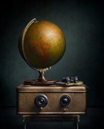 Globe with Radio